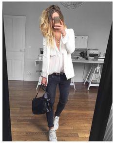 pantalon noir chemise en jean veste de tailleur blanche