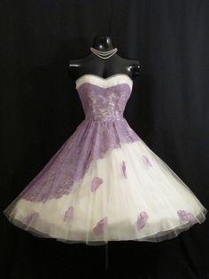 Vintage 1950 años 50 vestido lila de encaje por VintageVortex