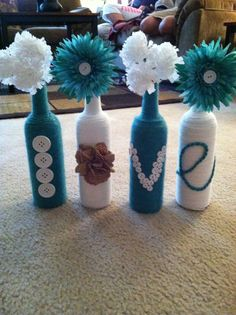 Wine bottle diy decor. I'm loving this bottle idea to decorate.