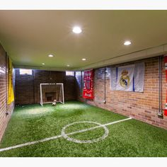 If i ever have a boy An indoor soccer field⚽️⚽️would rock I'm n a basement. Tag friends who would love this in their home! Credit to Red Pencil Architecture