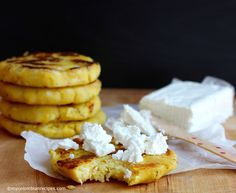 The Arepa is one the most popular foods in Colombia and Venezuela. The most common arepa in Colombia is made with corn flour (masarepa), however, we also make My Colombian Recipes, Colombian Food, Sicilian Recipes, Cuban Recipes, Sicilian Food, Fun Easy Recipes, Dairy Free Recipes, Gluten Free, Healthy Recipes