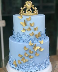 Elegant Birthday Cakes, Beautiful Birthday Cakes, Birthday Cakes For Women, Elegant Cakes, Beautiful Cake Designs, Beautiful Cakes, Queens Birthday Cake, Quinceanera Cakes, Quinceanera Centerpieces