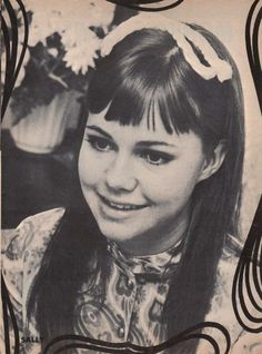 Sally Field...such a cute funny star. Beautiful then and beautiful now.