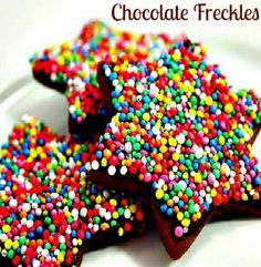 The weekend calls for some yummy treats, so why not make these easy chocolate freckles for the kids