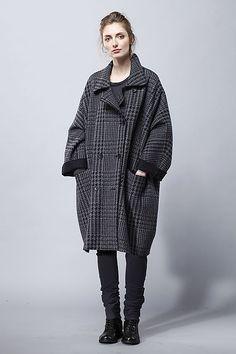 Coat Hinako