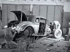 workshop scene from the 1950's Repinned by www.eddiemercer.com in Pensacola, FL