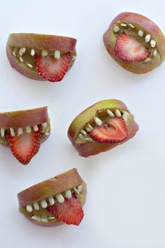 Make Apple Sunbutter Teeth Bites for your Halloween party with this easy recipe.