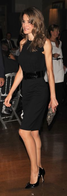 Queen Letizia - black dress - patent leather pumps - night style - fashion - cocktail