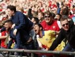 'Genuinely hate him' 'Accident waiting to happen' ... Arsenal fans slam star after Brighton win