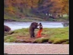 Funny pictures about Bear fight. Oh, and cool pics about Bear fight. Also, Bear fight. Bear Gif, Nostalgia, Funny Bears, Funny Commercials, Live Action Movie, Man Vs, Kung Fu, Funny Photos, I Laughed