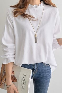 Plain Selvedge Long Sleeve Women's Blouse - - Plain Selvedge Long Sleeve Women's Blouse Source by tidebuyofficial Basic Outfits, Casual Outfits, Fashion Outfits, Fashion Trends, Cute Blouses, Blouses For Women, Long Sleeve Outfits, White Blouse Long Sleeve, White Tops