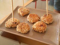 DSCN5369 Krispie Treats, Rice Krispies, Tapas, Cupcakes, Beignets, Caramel Apples, Doughnut, Cereal, Breakfast