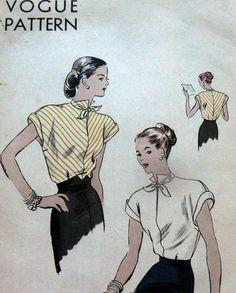 LOVELY VTG 1940s BLOUSE VOGUE Sewing Pattern 12/30
