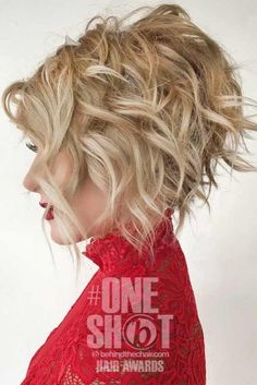 Wavy Short Inverted Bob Haircuts picture3