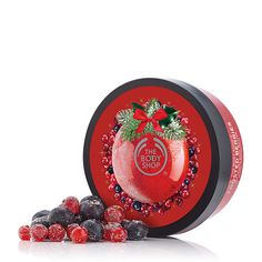 The Body Shop Seasonal Favorites Frosted Berries with cranberry, raspberry, black currant, white florals, praline and vanilla The Body Shop, Natural Christmas, Diy Presents, Cruelty Free Makeup, Cosmetic Packaging, Body Butter, Body Care, Bath And Body, Frost