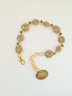 Delicate gold lace bracelet. by Cristina Cárdenas Victorianas