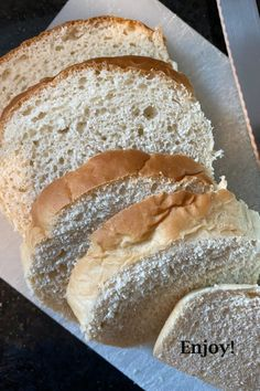 Try this 1 Hour Bread Recipe. Only one proofing! Novice bakers will be happy with a great bake. Experienced bakers will find it remarkably easy. This is my family's favorite bread recipe. 1 Hour Bread Recipe, Easy Bread Recipes, Muffin Recipes, Baking Recipes, Cloverleaf Rolls Recipe, Bread Rolls, Dinner Rolls, Baked Goods, Homemade