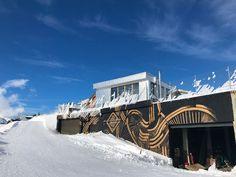 Montana, Opera House, Skiing, Mansions, House Styles, Travel, Alps, Sunshine, Mont Blanc