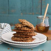 One-pot honey oat cookies