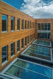 Nieuw scholencomplex in Rotterdam krijgt natuurlijke touch met Amerikaanse rode eik / @AHEC Europe
