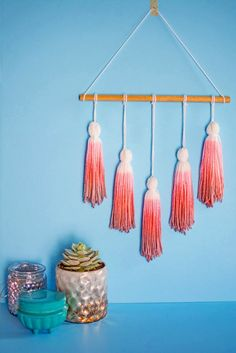 It's time to shine, all you crafters, decorators and notorious closet knitters. These 19 ways to decorate with yarn will make the yarn section your new favorite place to shop!