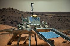 Technology image of the week: Rover egress test  One small step for a robot: getting a robotic rover off its lander will be the next most nerve-wracking moment for Europe's 2018 #ExoMars mission after landing.