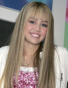 Miley Cyrus Hannah Montana blonde hair 2007 - Miley Cyrus hair ...