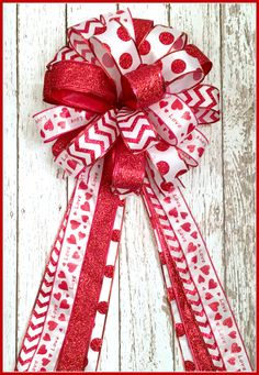 Valentines Bow Gift Package Bow Wreath Bow by TootsieSuesWreaths