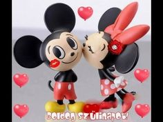 "These Mickey and Minnie Mouse figures are officially called ""Modern Pets Friend Disney"" by Organic. Mickey E Minnie Mouse, Mickey And Minnie Kissing, Mickey Love, Mickey And Friends, Minnie Cake, Baby Mickey, Walt Disney, Disney Fun, Disney Magic"