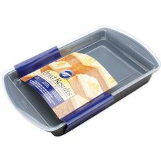 Wilton 21056793 Perfect Results Nonstick Oblong Cake with Cover 13 by 9Inch *** You can find out more details at the link of the image.