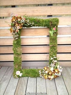 65 Greenery Woodland Moss Wedding Ideas Mossed picture frame perfect for guest photobooth The post 65 Greenery Woodland Moss Wedding Ideas & On THe FARm appeared first on Forest party theme . Enchanted Forest Party, Enchanted Garden, Enchanted Forest Decorations, Fairy Birthday Party, Garden Birthday, Birthday Parties, Fairy Party Favors, Baby Birthday, Fiesta Baby Shower