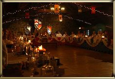Salle mariage médiéval    http://static.wix.com/media/214174_71dd97f249af6fd1fa3625c2c20211f2.jpg_srz_366_252_85_22_0.50_1.20_0.00_jpg_srz