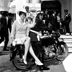 Raquel Welch. 1966.