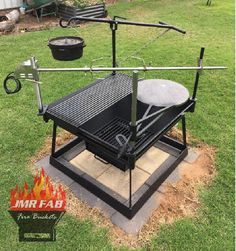 Metal working Feuerstelle Kocher Kitchen Faucet Buying Tips A durable and stylish kitchen faucet or Outdoor Grill Station, Outdoor Cooking Area, Fire Pit Grill, Diy Fire Pit, Fire Pits, Camping Grill, Bbq Grill, Backyard Bbq Pit, Bbq Smoker Trailer