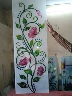Etched Glass Door, Glass Front Door, Glass Etching Designs, Hime Decor, Window Glass Design, Wooden Front Door Design, Pooja Room Door Design, Rangoli Border Designs, Room Partition Designs
