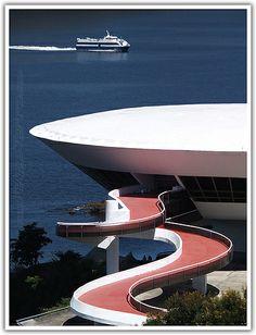 Museu de Arte Contemporânea, Caminho Niemeyer, NIterói, Rio de Janeiro, Brazil