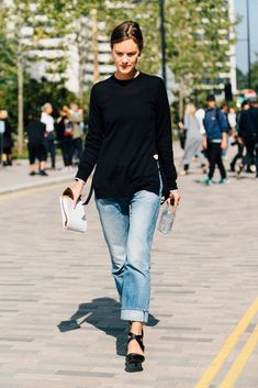 The denim trend that moms (and cozy girls) will REALLY appreciate