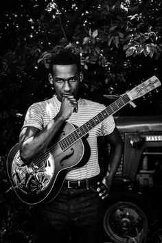 Austin City Limits is proud to announce new tapings for the month of October: Leon Bridges on Oct. 8 and Angélique Kidjo on Oct. both making their ACL debuts. Rising star Leon Bridges makes his … Music Mood, Soul Music, Music Is Life, Leon Bridges Coming Home, Running Music, R&b Albums, Lord Huron, Austin City Limits, R&b Artists