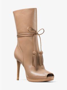 caa32da6d1d6 Halbhoher Stiefel Rosalie aus Leder mit offener Zehenpartie Stiefel