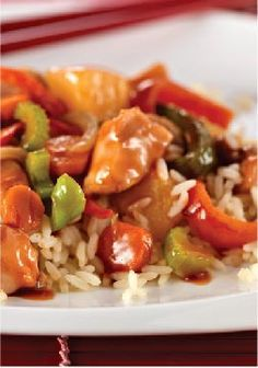 Slow-Cooker Sweet & Sour Chicken – Have dinner ready and waiting when you get home tonight. This slow-cooker version of a take-out favorite has everything you love (except the little white boxes).