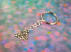 Delicious Pizza Key Chain // Pastel Goth Pepperoni Pizza Slice Key Chain // Pastel Grunge 90s Grunge Purse Charm or Backpack Zipper Charm
