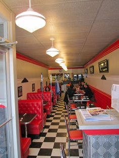 The Downtown Diner Fort Saskatchewan AB. Canadian Travel, Places To Eat, Food Network Recipes, Diners, Travel Destinations, Home Decor, Restaurants, Road Trip Destinations, Decoration Home