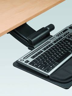 Fellowes 174 Professional Series Corner Executive Keyboard
