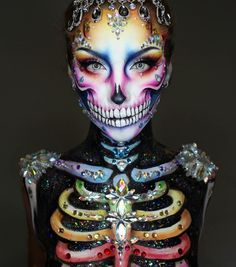 Easy neon skeleton makeup pretty women can inspire from and use for Halloween. Easy neon skeleton makeup pretty women can inspire from and use for Halloween. Makeup Fx, Body Makeup, Makeup Ideas, Makeup Tips, Mehron Makeup, Face Paint Makeup, Makeup Eyeshadow, Unique Halloween Makeup, Halloween Looks