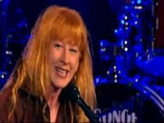 """Loreena Mc Kennit - All Souls Night lyric - Samhain (Com letra e tradução) The old Irish originally migrated from Milesia... at that time would have been mid-eastern   and they traveled to the west being called the """"Black Irish"""" this was before the invasions of the Vikings with their red hair and pale faces."""