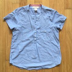 Button-down Short Sleeve Top 100% cotton. Worn 1x H&M Tops Button Down Shirts