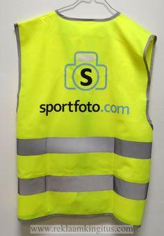 Helkurvest logoga Sportfoto - http://www.reklaamkingitus.com/et/pildid?pid=8381