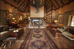 Kapama Lodge library-lounge