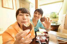 Enjoyment after Hot Springs♪  #lotte #chocopie #chocolate #pie #snack #cooljapan #japankuru #100tokyo #tokyo #hotsprings #onsen #yunessun #hakone #instajapan #instafood