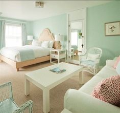 A Fresh Pastel Hotel Room at the Tides Beach Club